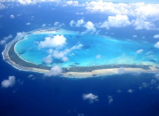 Kiribati-Moves-to-Fiji-3-537x392